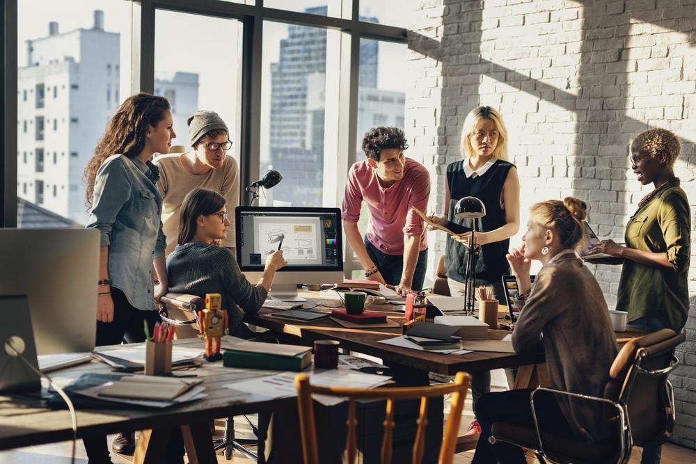 Cómo ahorrar energía en una oficina - Finutive