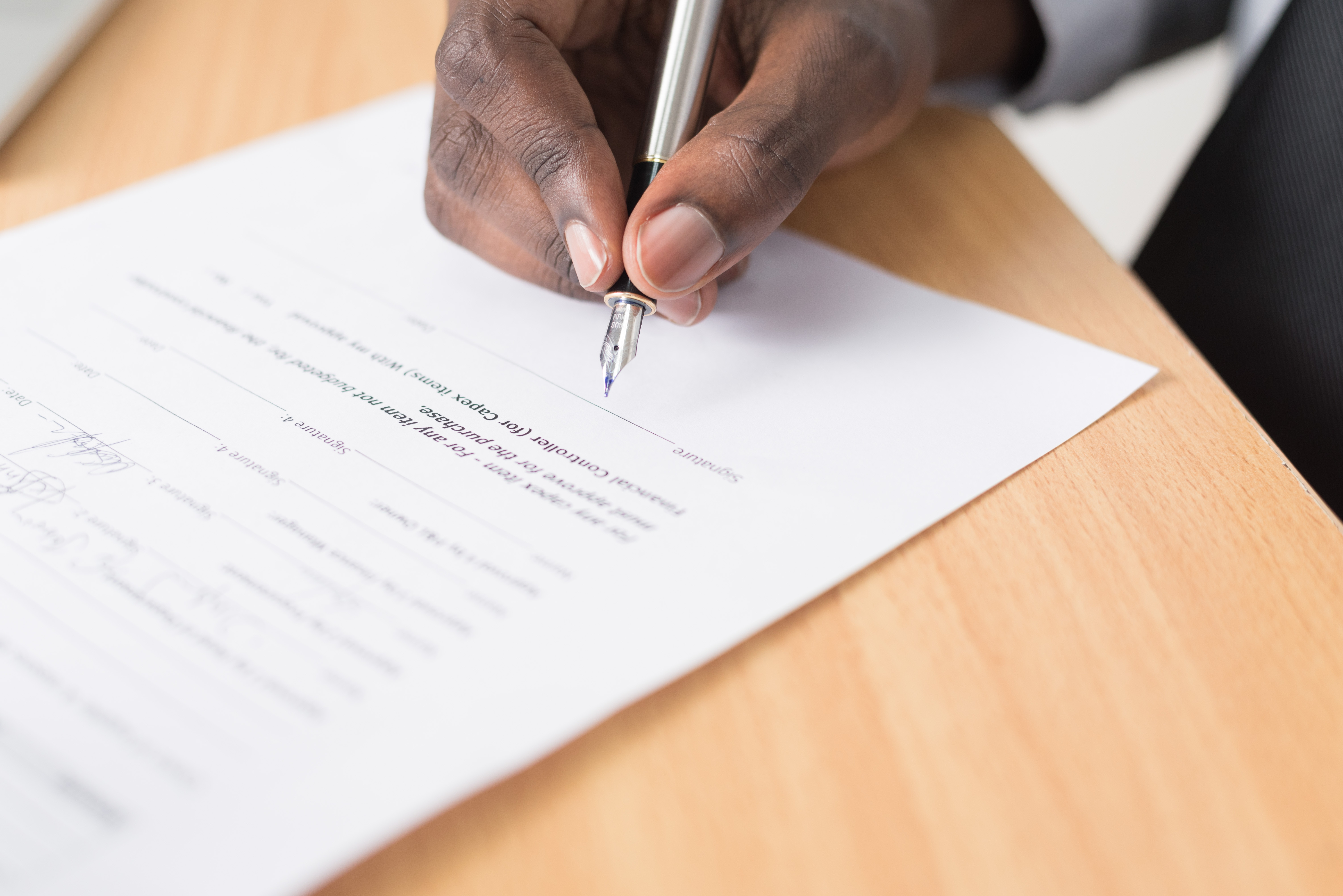 contrato apoyo emprendedores